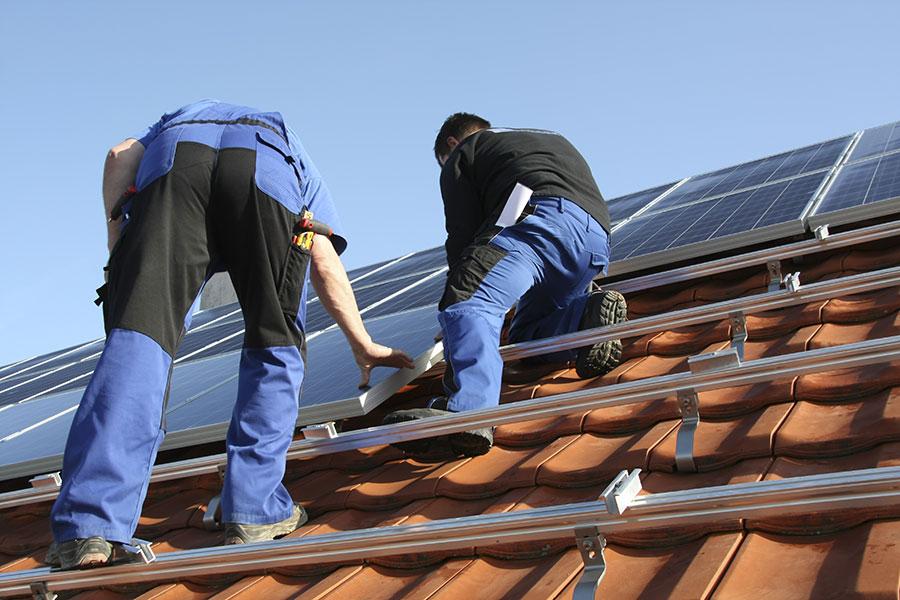 Dachmontage Photovoltaikanlage in Deggendorf